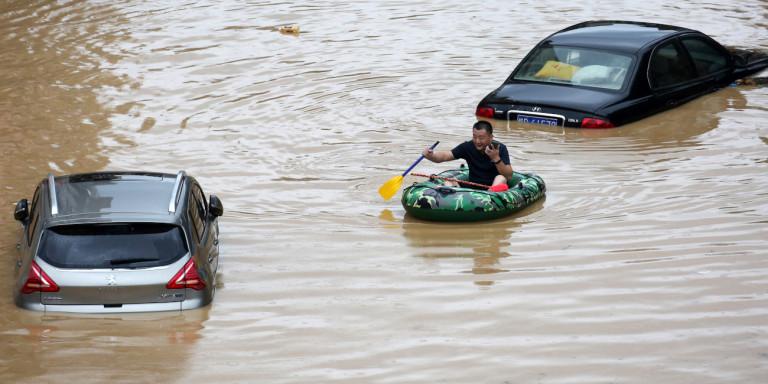 Κίνα: Το Πεκίνο διαθέτει πάνω από 85 εκατομμύρια δολάρια για τον έλεγχο των πλημμυρών | ΕΛΛΑΔΑ