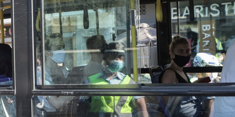 Κορωνοϊός: Ολες οι αλλαγές στα δρομολόγια μετρό, λεωφορείων και τρόλεϊ -Για να αποφευχθεί ο συνωστισμός | ΕΛΛΑΔΑ