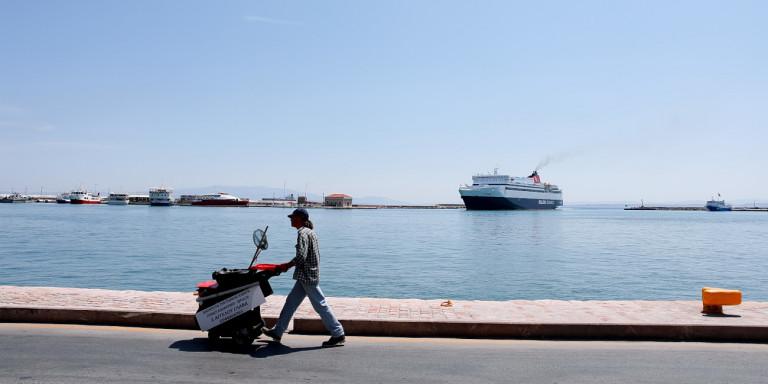 Ξεκίνησαν τα δρομολόγια πλοίων από τον Τσεσμέ στη Χίο   ΕΛΛΑΔΑ