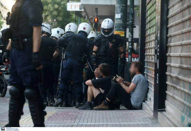 Σε τρεις συλλήψεις προχώρησε η ΕΛ.ΑΣ (Βίντεο)