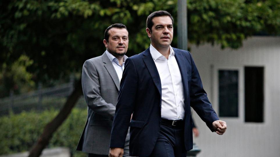 Δημοσκόπηση: Καταρρέει το «ηθικό πλεονέκτημα» του ΣΥΡΙΖΑ