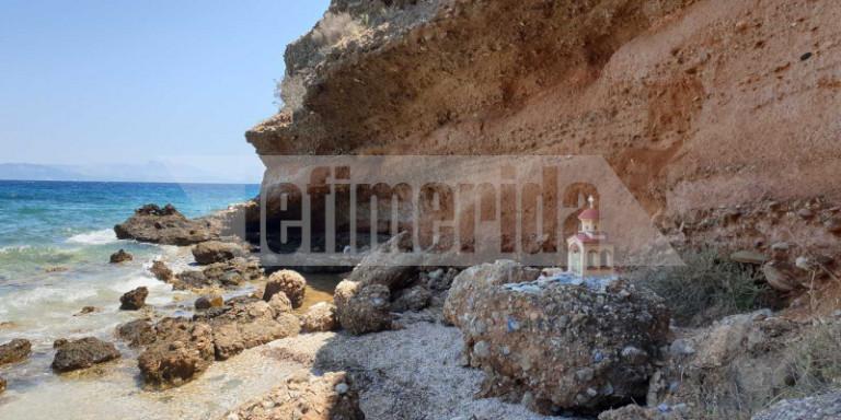 Φωτιά στο Μάτι: Ο «βράχος της Εβίτας» -Το εικονοστάσι και η πέτρα με τα ονόματα στην παραλία της καταστροφής [εικόνες]   ΕΛΛΑΔΑ