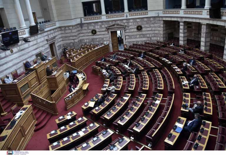 «Διαξιφισμοί» στη Βουλή για την ψήφο των ομογενών