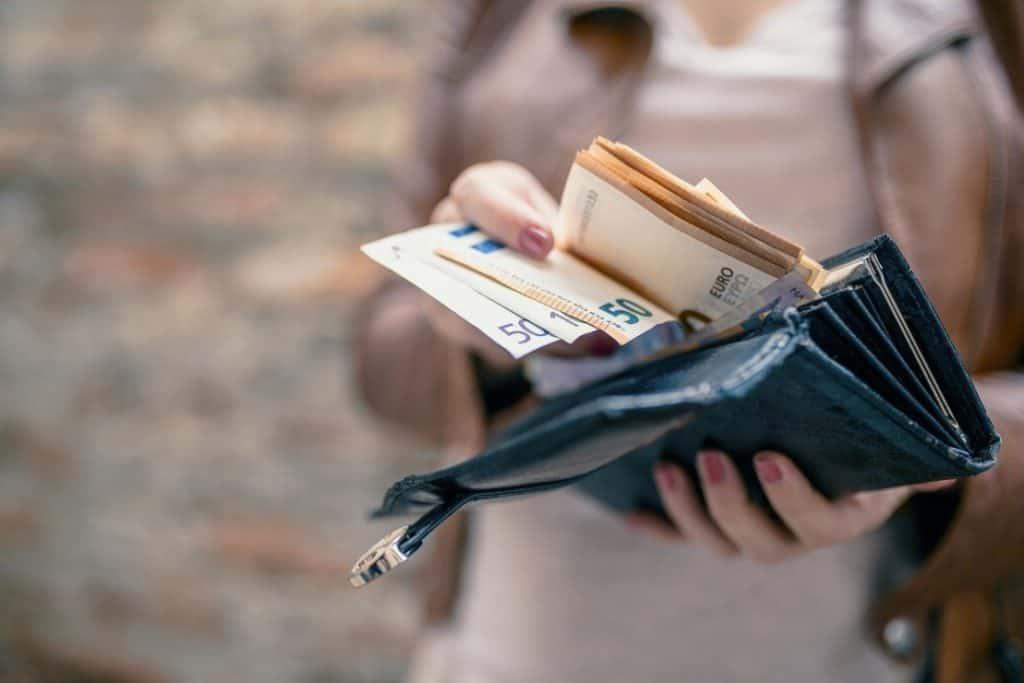 Εβδομάδα πληρωμών: Ποιοι πάνε ταμείο