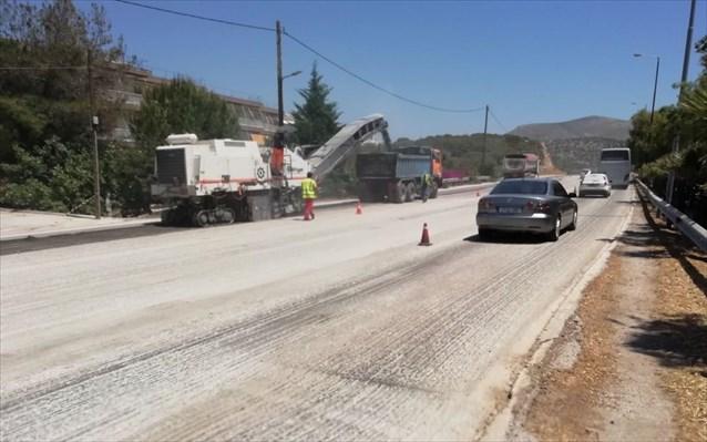 Ξεκίνησαν οι εργασίες βελτίωσης οδικής ασφάλειας στη λεωφόρο Βάρκιζας- Σουνίου