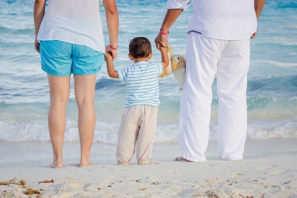 ΟΑΕΔ – Κοινωνικός Τουρισμός: 6 μέρες δωρεάν διακοπές – Οι δικαιούχοι(vid)