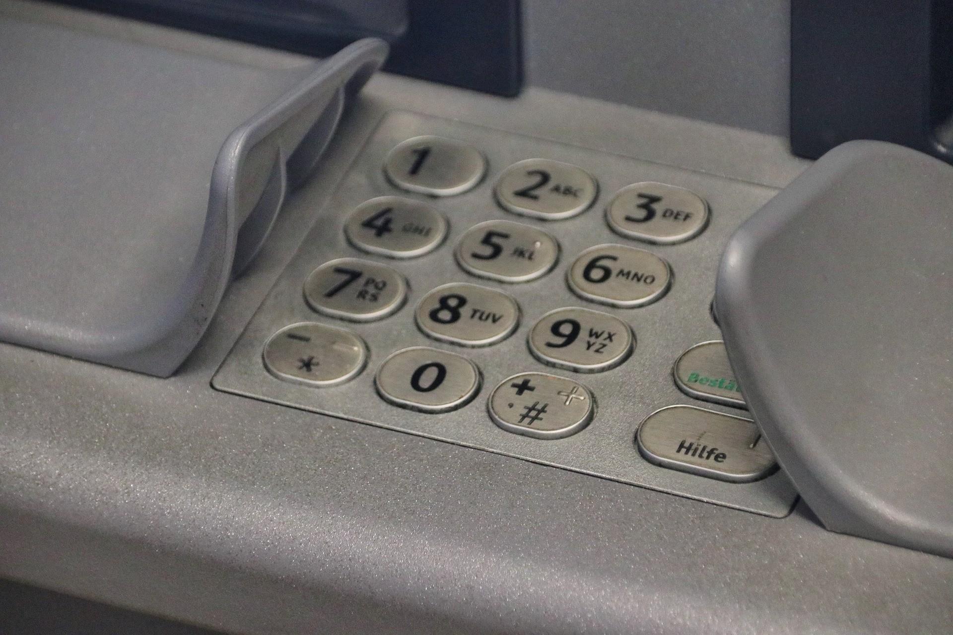 Πληρωμές: Ποιοι θα πάνε ταμείο μέχρι τις 15 Μαΐου – «Ζεστό» χρήμα σε χιλιάδες δικαιούχους