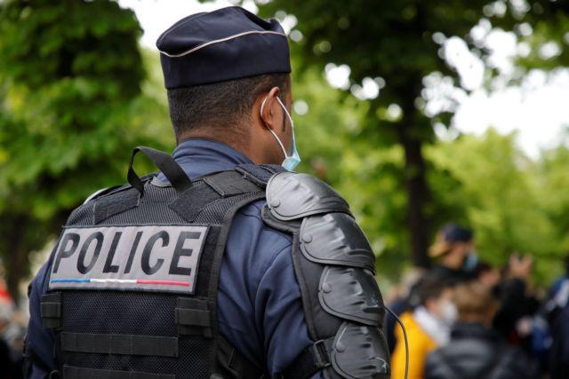Συναγερμός στη Γαλλία: Αστυνομικός δέχτηκε επίθεση με μαχαίρι