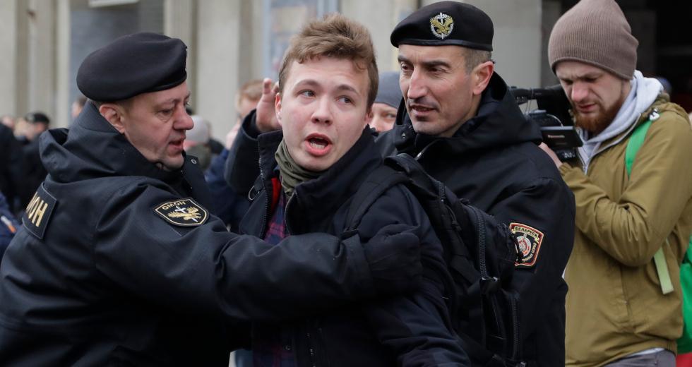 Μπλόκο στις πτήσεις από Λευκορωσία αποφάσισε η ΕΕ – Ζητά την απελευθέρωση του Προτάσεβιτς