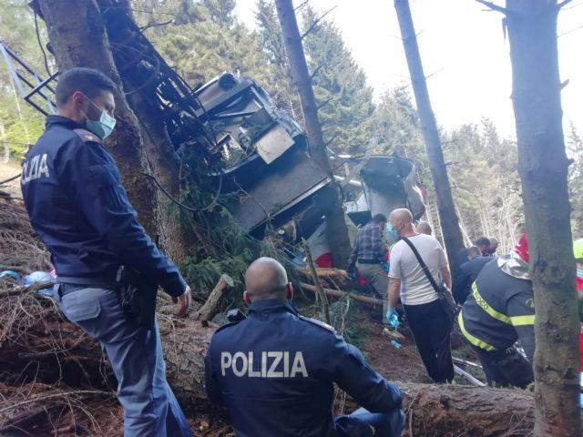 Ιταλία: Ένας 5χρονος ο μοναδικός επιζών από την πτώση του τελεφερίκ - «Σώθηκε από την αγκαλιά του πατέρα του»