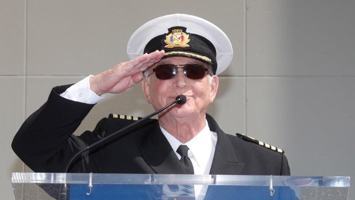 Γκάβιν Μακλάουντ: Πέθανε ο  ο θρυλικός καπετάνιος στο «πλοίο της αγάπης»