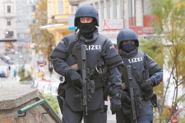 Δύο τραυματίες από νέα επίθεση με μαχαίρι στη Γερμανία – Διέφυγε ο δράστης