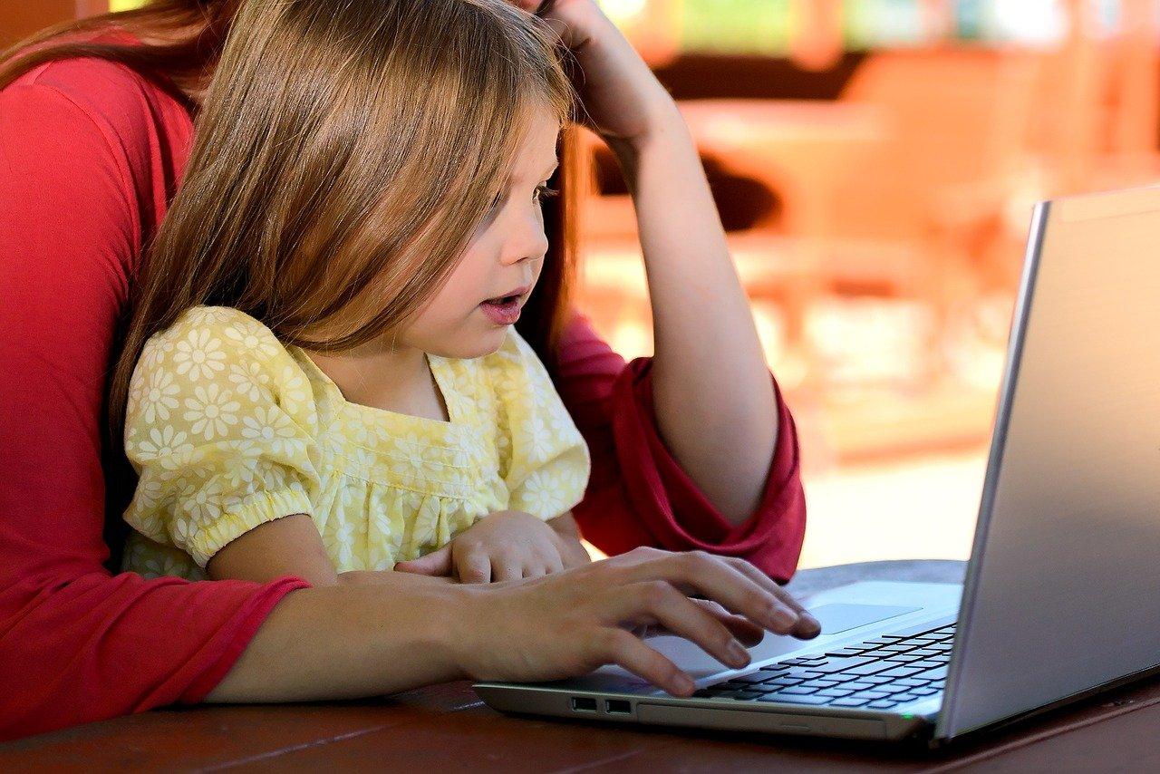 Επίδομα Παιδιού: Ποιοι οι δικαιούχοι – Πώς θα κάνετε την αίτηση