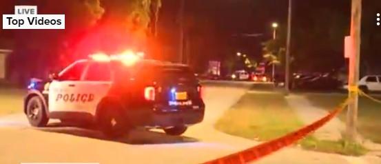 ΗΠΑ: Ανταλλαγή πυροβολισμών μεταξύ αστυνομικών και εφήβων