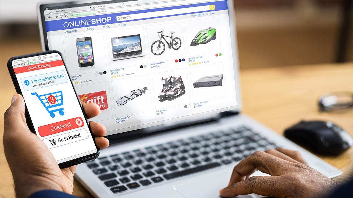 Ηλεκτρονικές αγορές: Τι αλλάζει στον ΦΠΑ από 1η Ιουλίου