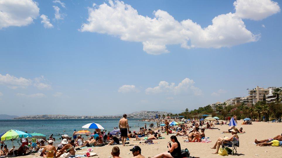 Την Πέμπτη 10/6 ηλεκτρονική υποβολή αιτήσεων για 300.000 επιταγές κοινωνικού τουρισμού