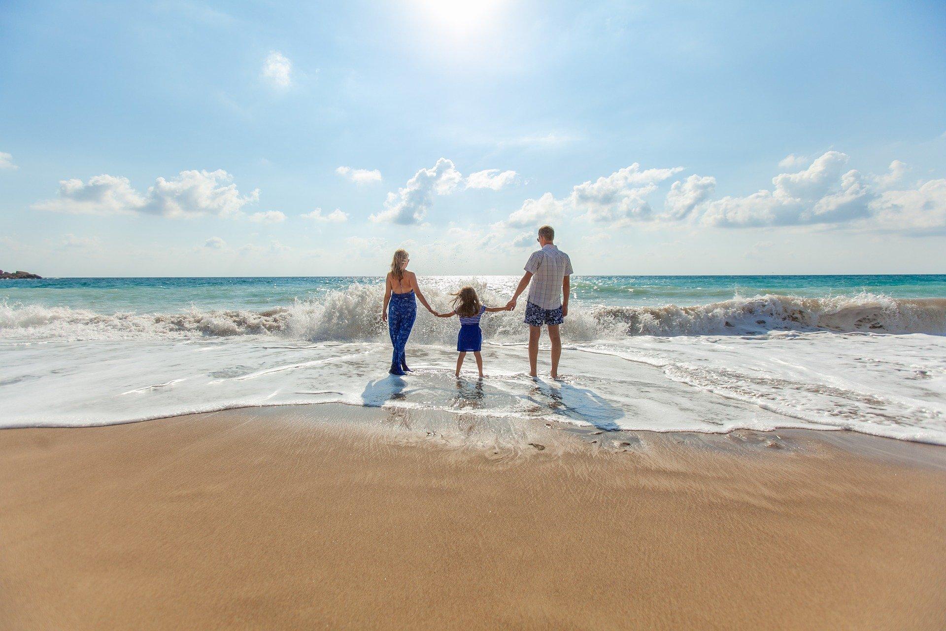 Τουρισμός για όλους: Πόσες μέρες δικαιούστε δωρεάν διακοπές – Ποια είναι τα κριτήρια (vid)