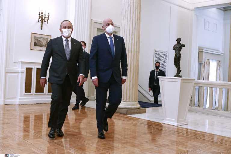 Το παρασκήνιο της επίσκεψης Τσαβούσογλου και η... συμφωνία που τηρήθηκε - Νέο ραντεβού σήμερα με Δένδια