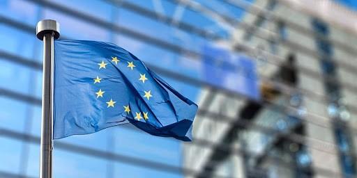Κομισιόν: 100 εκατ. επιπλέον στην Ελλάδα για ενίσχυση στο δημόσιο σύστημα υγείας