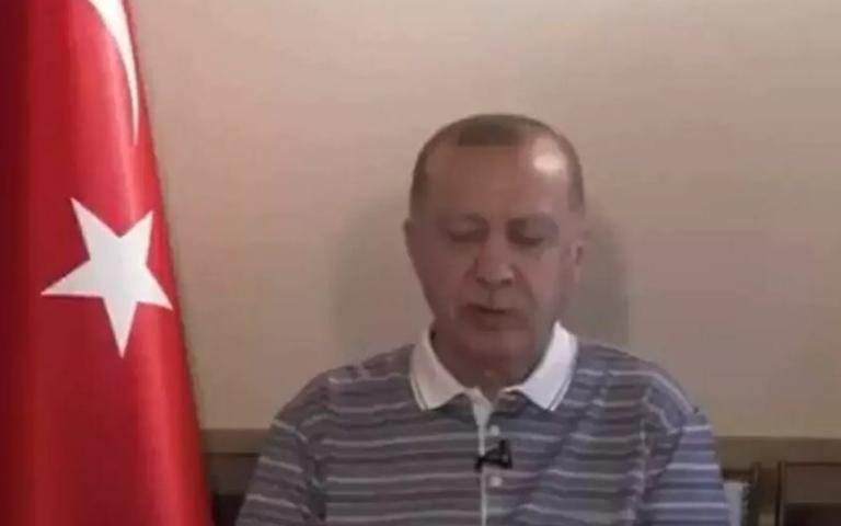 Ο Ερντογάν αποκοιμήθηκε την ώρα που έκανε δηλώσεις – Πάρτι στο Twitter
