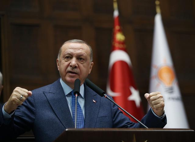 Τουρκία: Χλευάζουν τον Ερντογάν στα social media – Παρέλειψε το όνομα γυναίκας ερευνήτριας του εμβολίου Pfizer