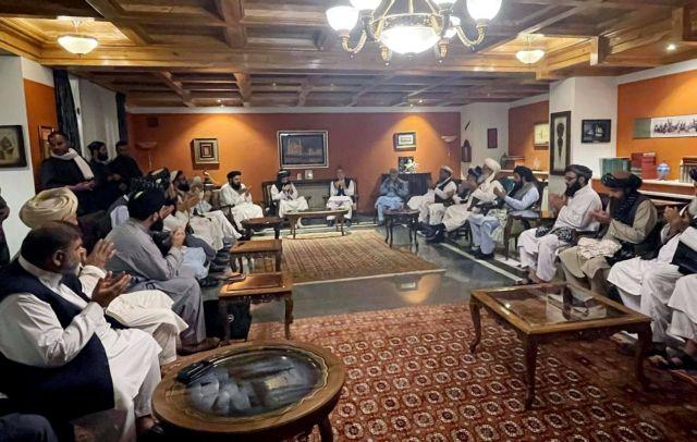 Αφγανιστάν – Ετοιμάζονται να παρουσιάσουν την κυβέρνησή τους οι Ταλιμπάν