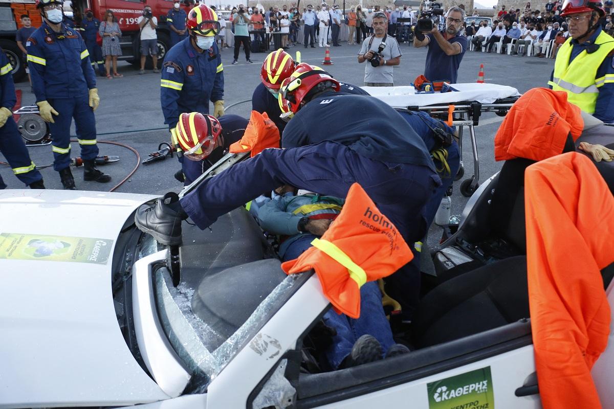 Λ. Οικονόμου: Εθνικός στόχος η μείωση των θυμάτων από τροχαία δυστυχήματα