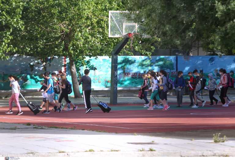 ΣΥΡΙΖΑ: Η κυβέρνηση δεν έμαθε τίποτα από τα κλειστά σχολεία