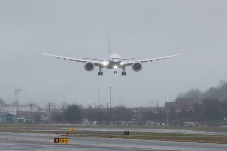 Σιβηρία: Αναγκαστική προσγείωση Μπόινγκ 767 από την Αττάλεια - Βλάβη στα υδραυλικά