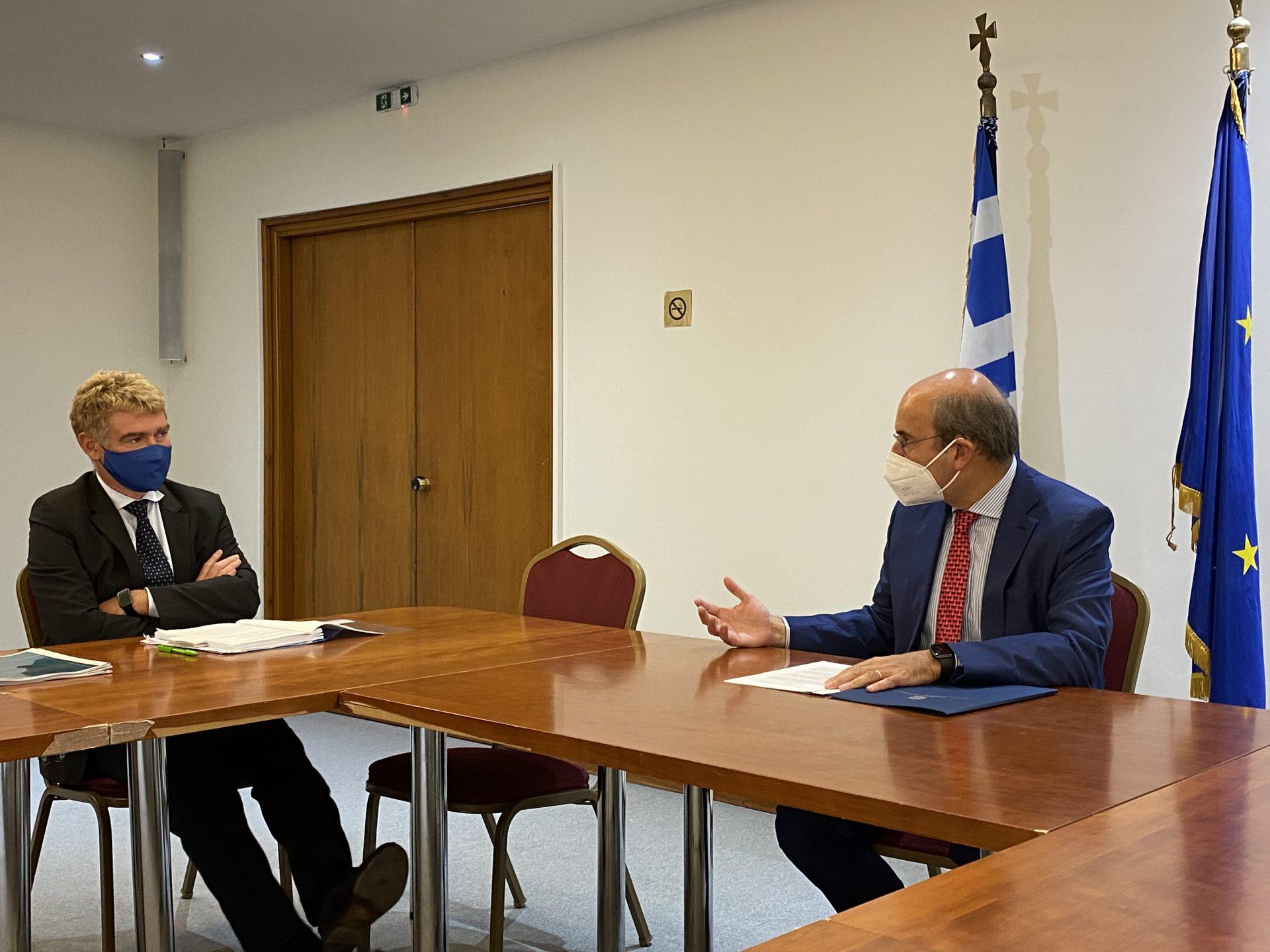 Συνάντηση Χατζηδάκη με τον γενικό διευθυντή Στήριξης Διαρθρωτικών Μεταρρυθμίσεων Νάβα