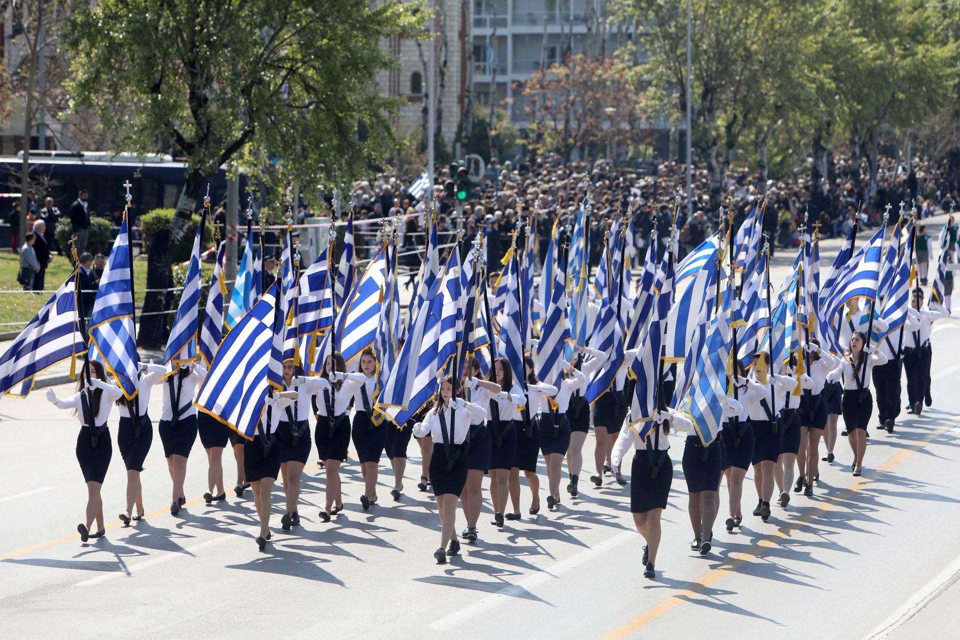 Δημοσκόπηση Marc: «Ναι» στις παρελάσεις- Πρώτος ο ΣΥΡΙΖΑ στους ανεμβολίαστους