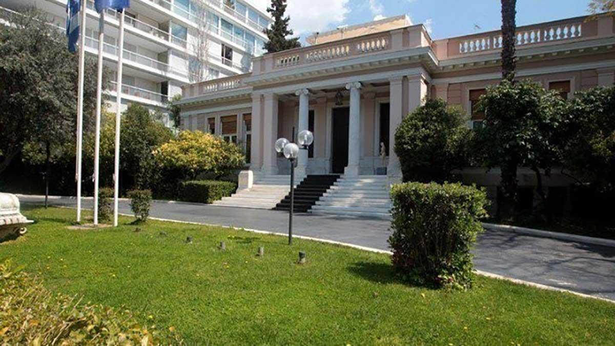 Εξεταστική: Το Μαξίμου τελειώνει (με) τον ΣΥΡΙΖΑ