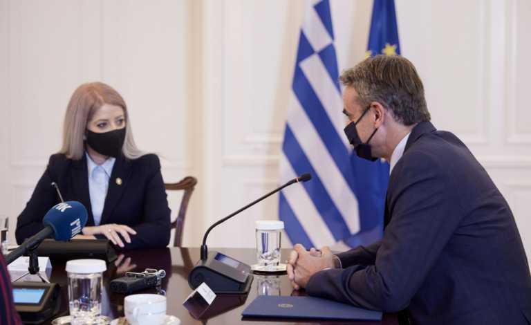 Κυριάκος Μητσοτάκης στην πρόεδρο της Κυπριακής Βουλής: Απόλυτα συντονισμένοι στις προκλήσεις της Τουρκίας