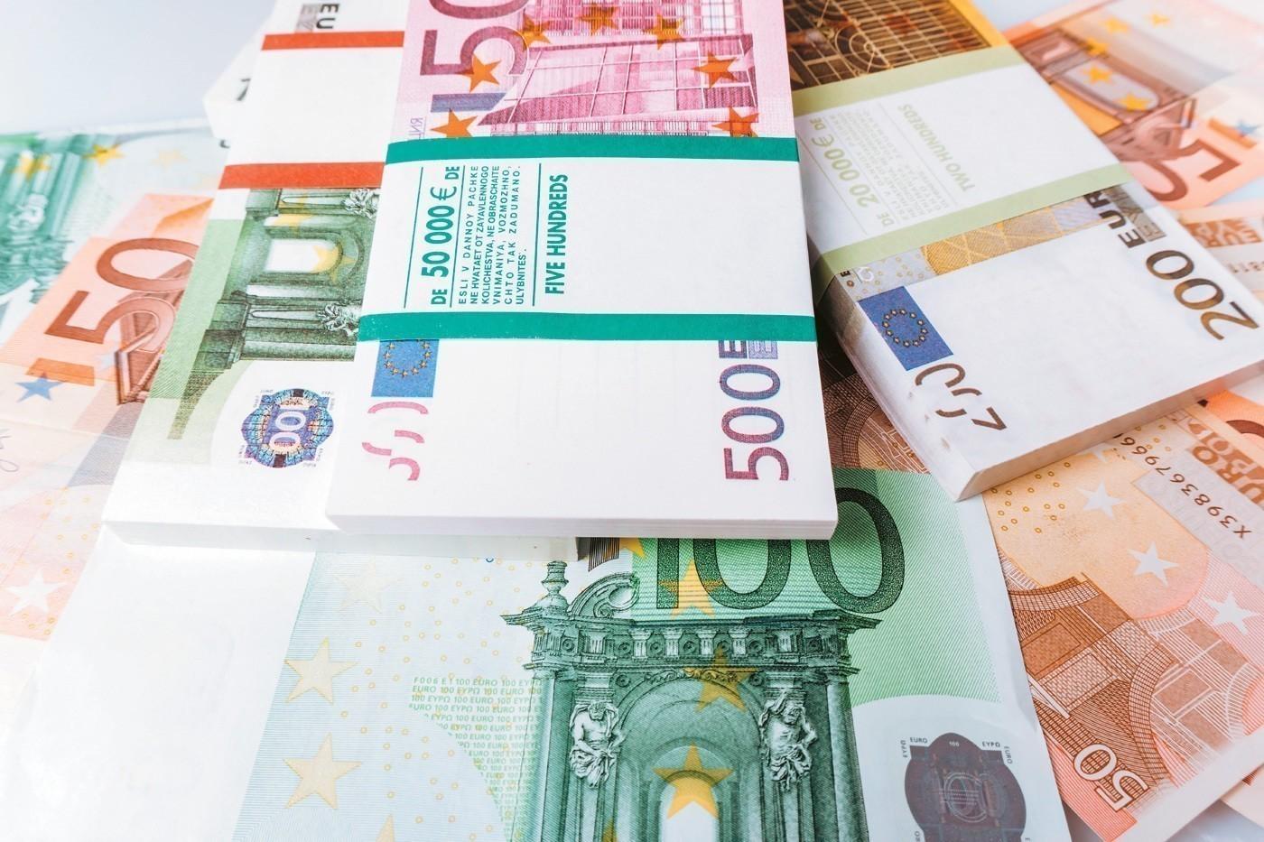 Ποιοι και πώς θα μοιραστούν προνομιακά δάνεια ύψους 20 δισ. ευρώ