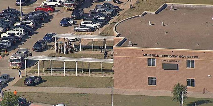 Πυροβολισμοί σε σχολείο στο Τέξας