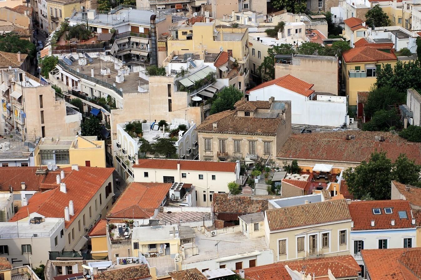 Πώς προβλέπεται να κινηθούν οι τιμές των κατοικιών στην Ελλάδα – Ποιες είναι οι νέες τάσεις