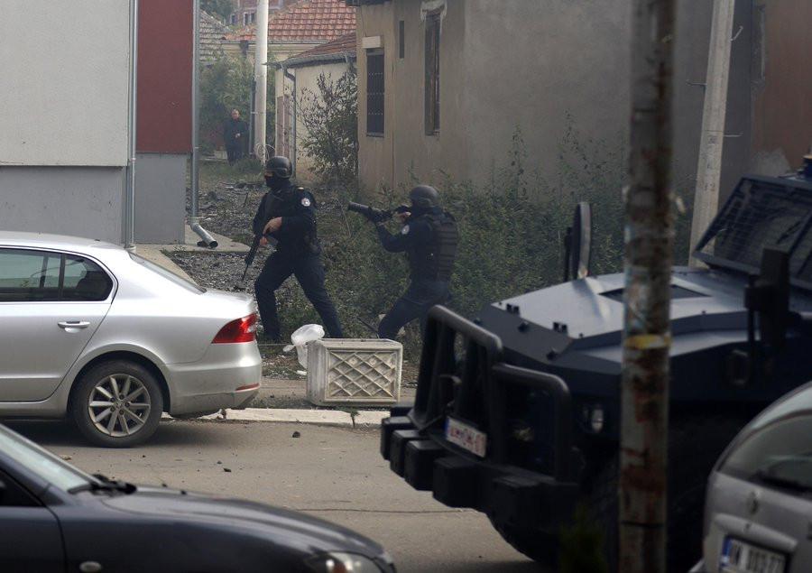 Συγκρούσεις με τραυματίες μεταξύ Σέρβων και Κοσοβάρων στη Μιτρόβιτσα