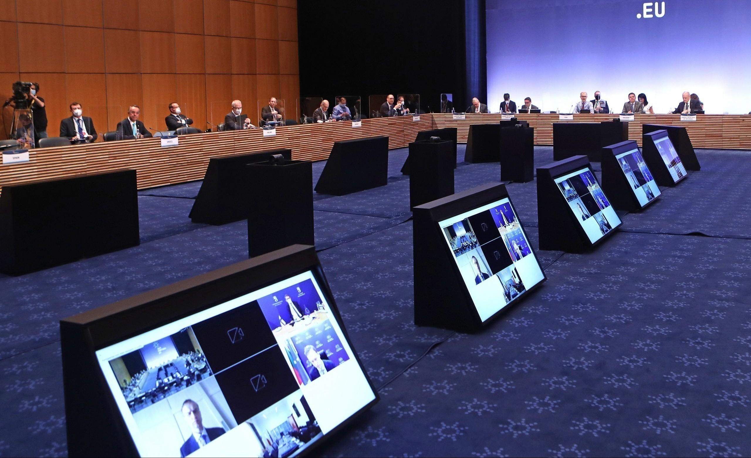 Eurogroup: «Πρώτο θέμα» στην ατζέντα η ακρίβεια (πίνακες)